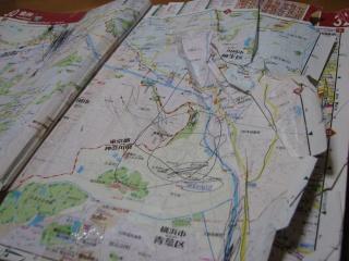 地図がボロボロに・・・