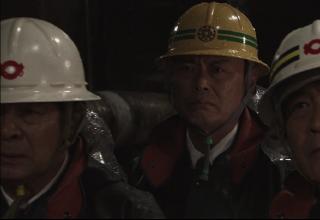 ドラマ「黒部の太陽」に全周つば付きタイプヘルメットが登場