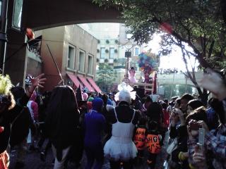 川崎ハロウィンパレード先導車1
