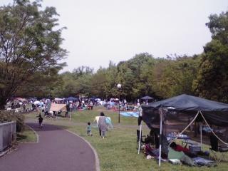若葉台公園のテント2