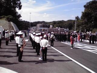 柿生大橋開通イベントのブラスバンド演奏