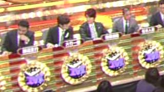 M-1 2010 決勝の投票 戸惑う審査員1